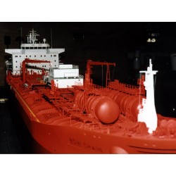37.500 TDW CHEMICAL TANKER